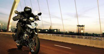 motor_galeria_GSX-S125AL8_Action_12