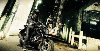 motor_galeria_GSX-S125AL8_Action_13