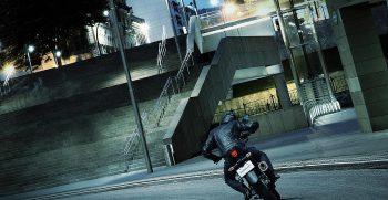 motor_galeria_GSX-S125AL8_Action_8